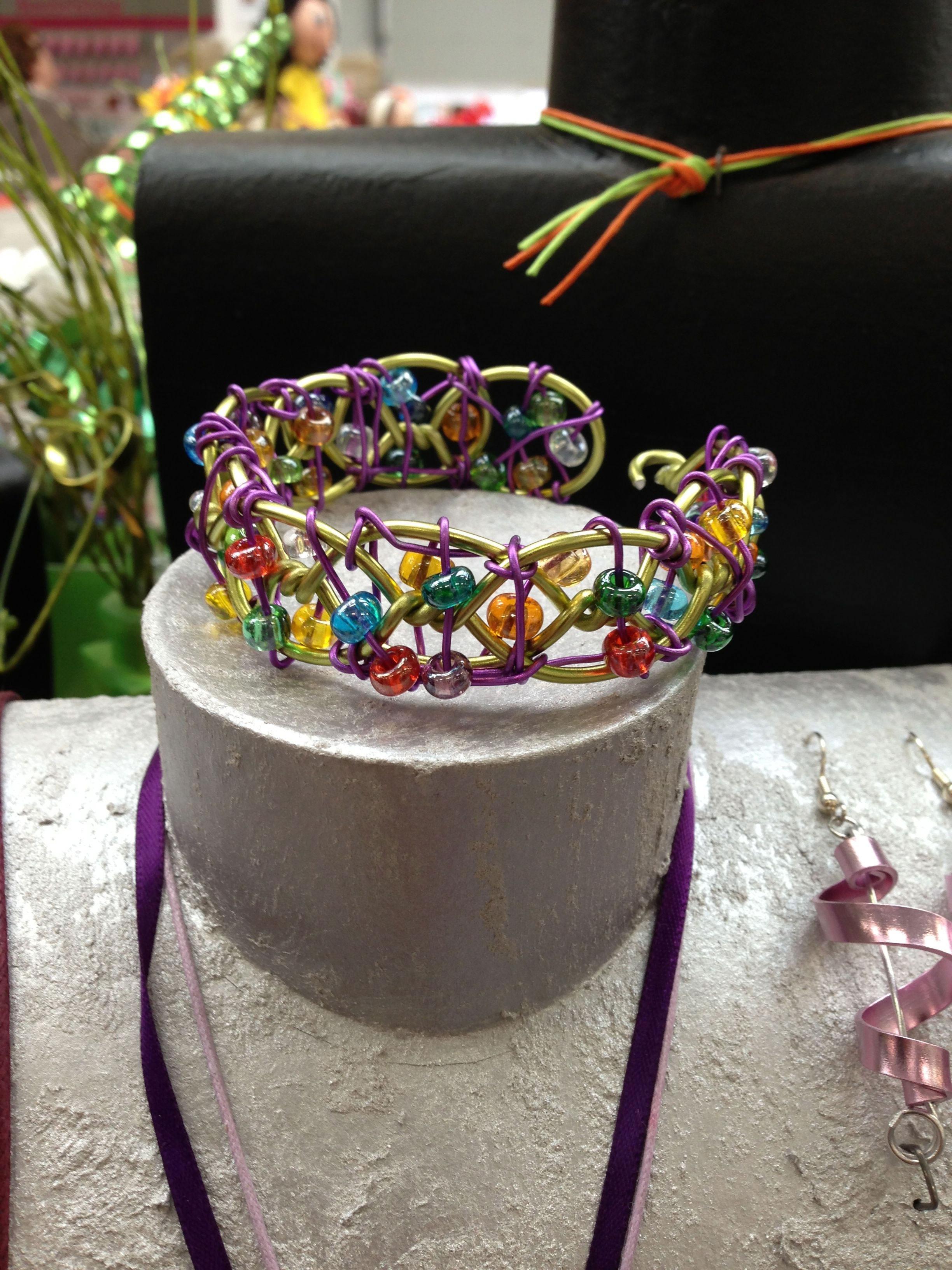 wire bracelet2_lo